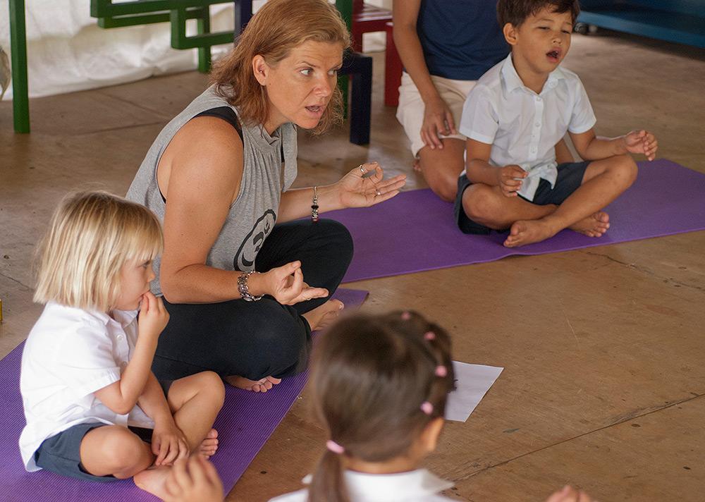 Tiny Tots Yoga Class