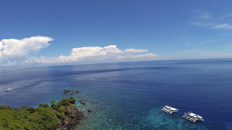 Apo island Rock Point