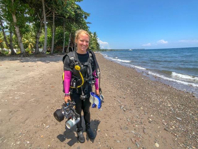Marine Biologist Dauin Philippines